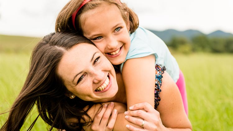 Wann und wie Sie Töchtern die Periode erklären können